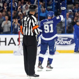 Lightning beat Coyotes 4-1, clinch Presidents' Trophy, and Steven Stamkos is the new franchise goals leader229