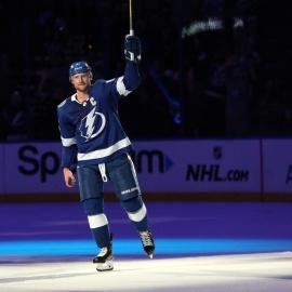 Quick Strikes: Celebrating the Lightning229