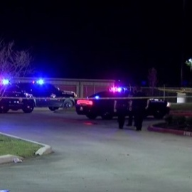 Suspect injured after shooting at DPS trooper behind restaurant in Montgomery County, officials say114