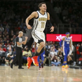 Hawks outlast Sixers in wild back-and-forth game as Trae Young wins it late, 129-127160