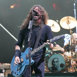 10-year-old boy rocks out with Foo Fighters at recent concert90